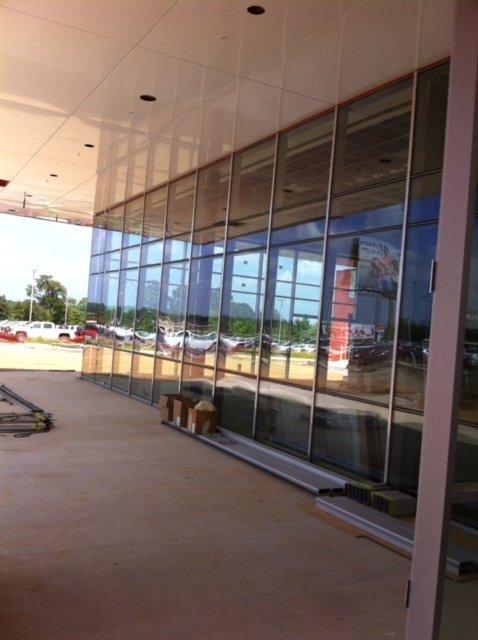 glass for auto dealership in arkansas