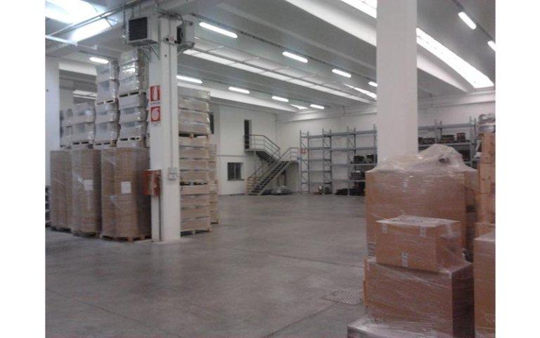Lavoro ristrutturazione capannoni Essegi Costruzioni
