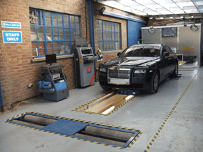 S & P Accident Repair Centre - MOT