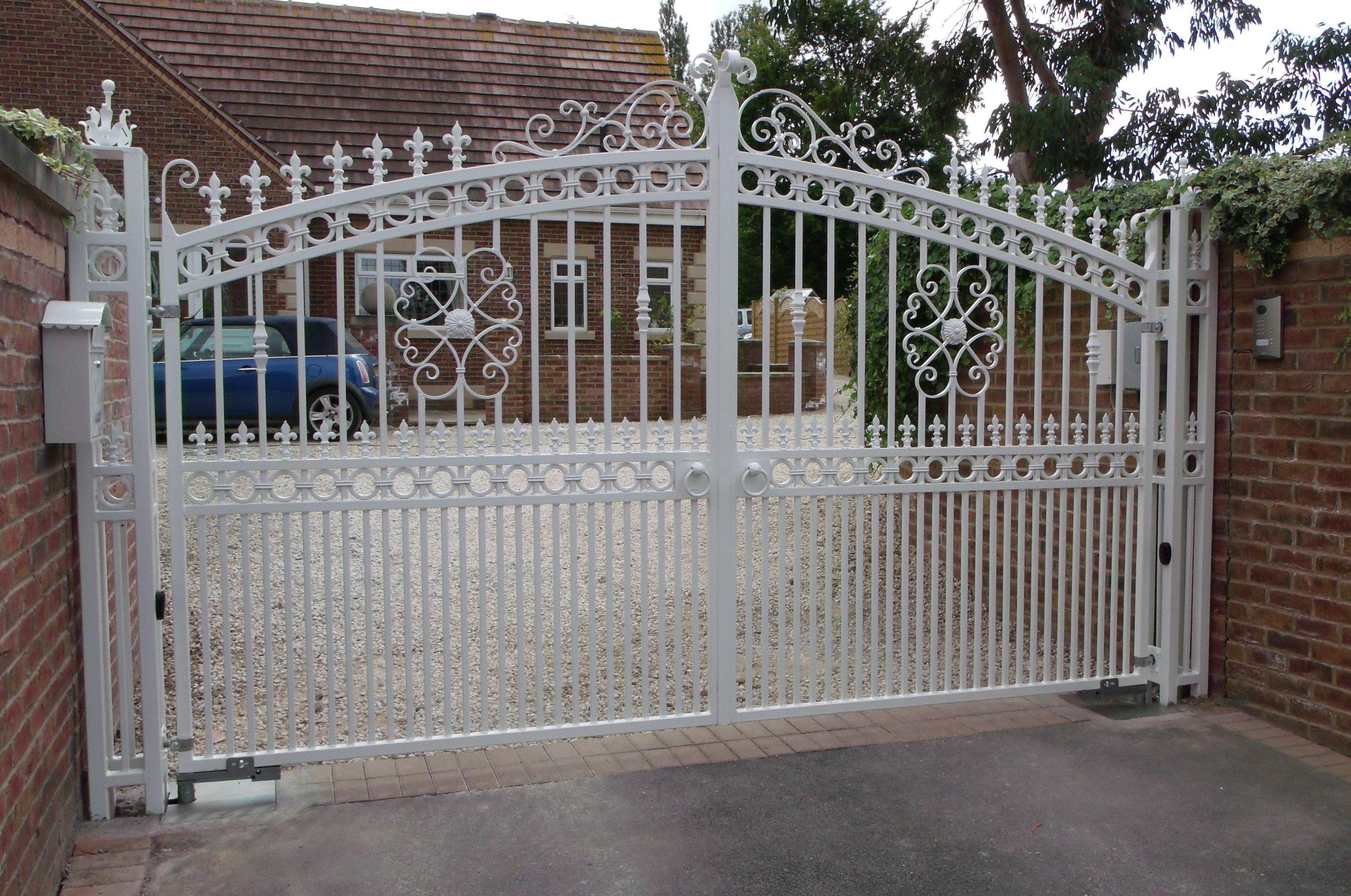 white drive gate