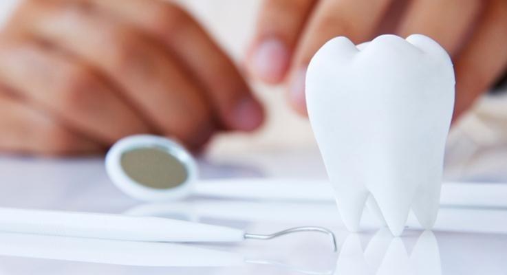 strimenti da lavoro di dentista