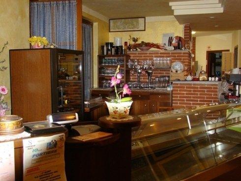 Zona bar e banco frigo