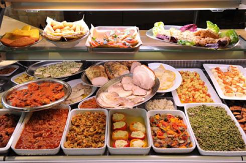 Dei piatti pronti di diversi tipi