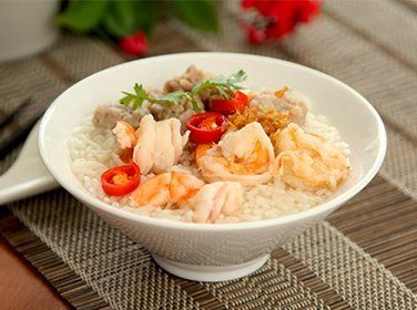 Chilli prawn with rice