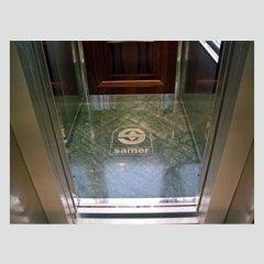 Ascensore -  Particolare pavimento in marmo personalizzato