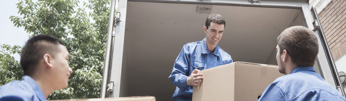 Happy-Truck-Removals-Movers-Unloading