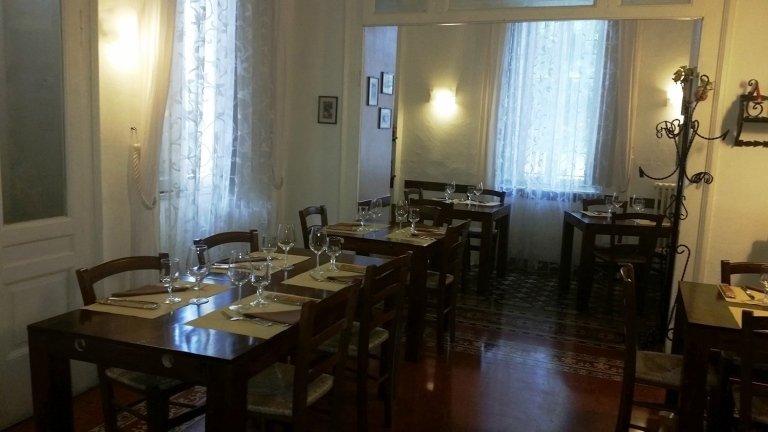 Salone interno ingresso ristorante Il Melograno