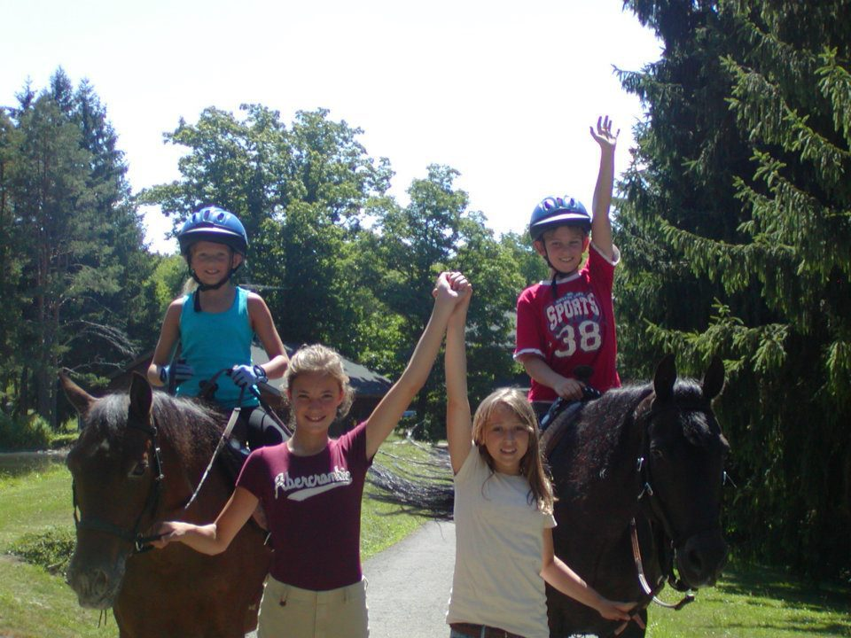 Meet new friends at Rosebud Riding Camp