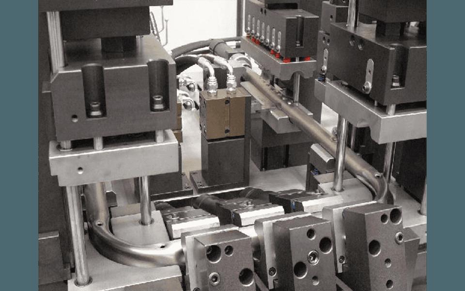 Unità di punzonatura tubo