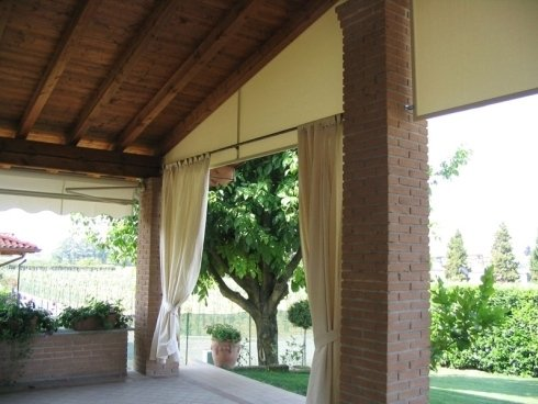 Installazione tende per portici rovato tende da sole - Tende esterni ikea ...