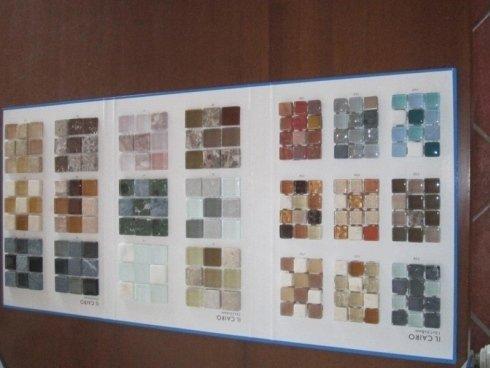 piastrelle di pietra colorata