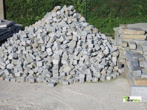 cubi di pietra