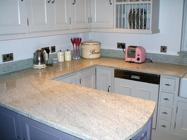 top cucin in marmo