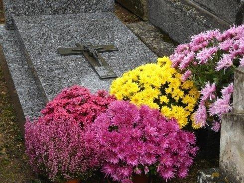 Rivestimenti in marmo per tombe familiari