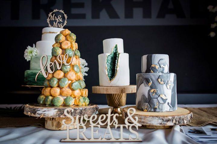 Bakverhalen Sweettable Bruidstaart