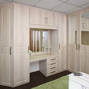 Fitted traditional wardrobes and drawers