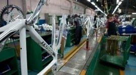 produzione bici, fabbrica bici, assemblaggio biciclette