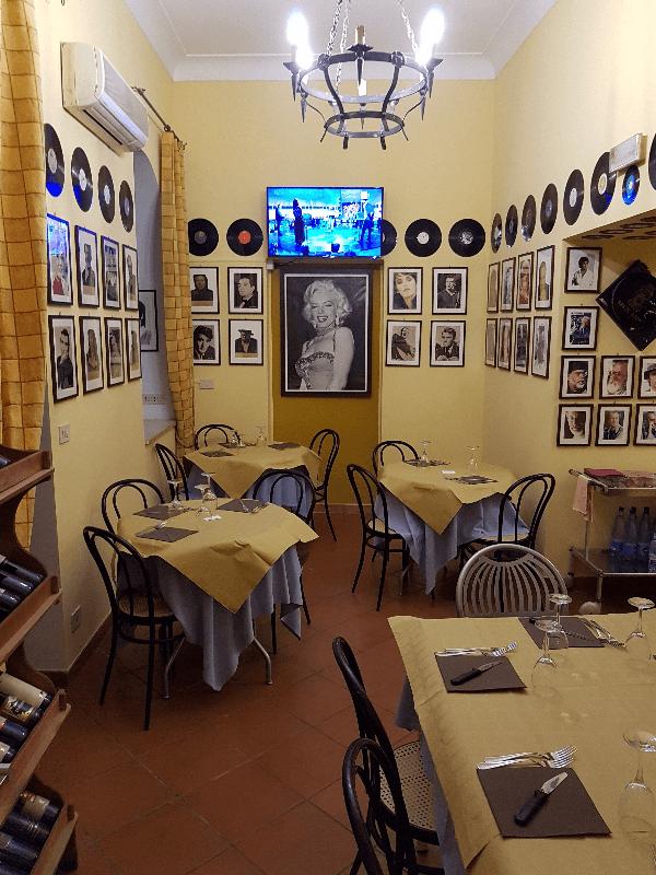 Interni del locale a La Campagnola 63 a Milazzo
