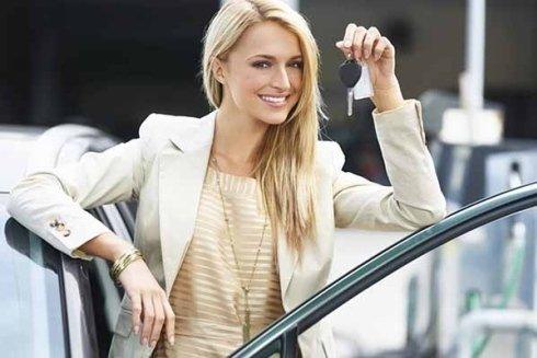 Presso la scuola Punzi potrete seguire lezioni individuali di pratica stradale ed automobilistica.