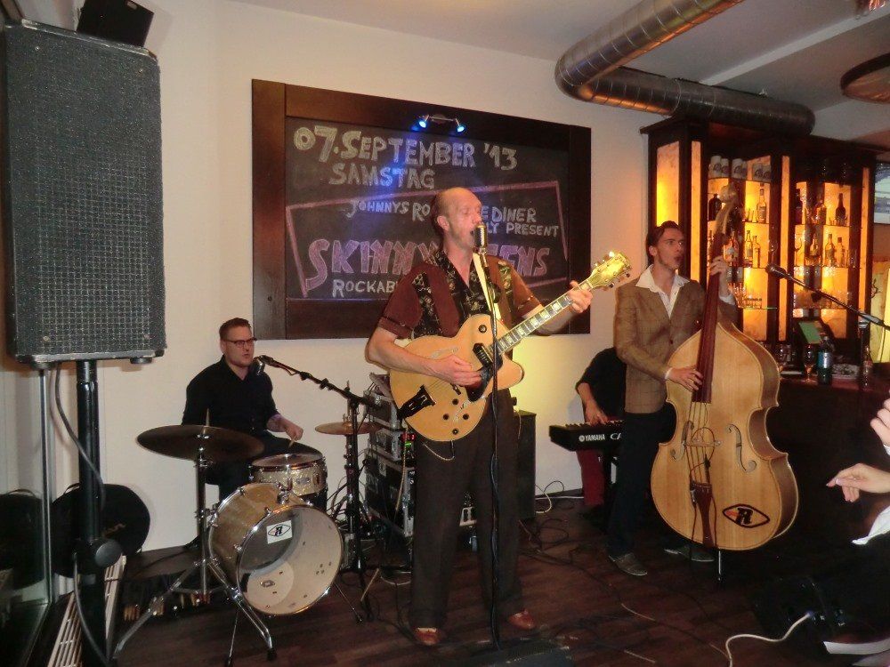 Johnnys Roadhouse Diner Live Musik