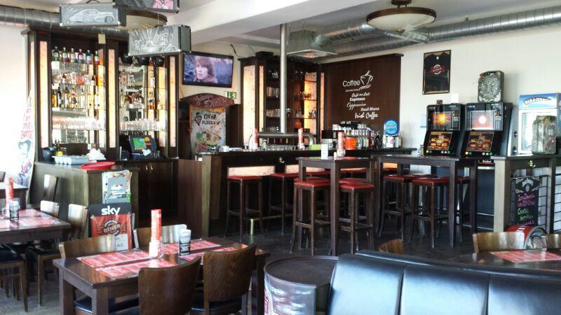 Johnnys Roadhouse Diner