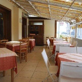 veranda esterna ristorante, ristorante con veranda esterna
