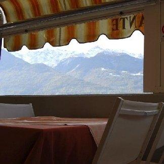 ristorante con veranda esterna, ristorante con terrazza