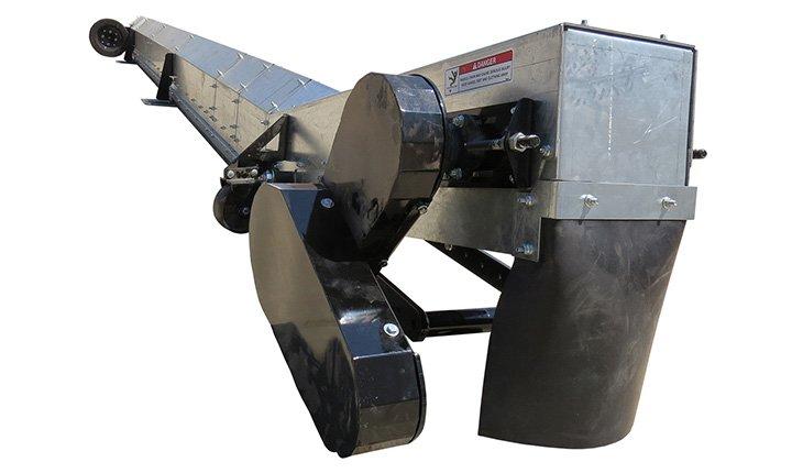 Sweep-Uses-Paddles-to-Unload-Grain-Bin