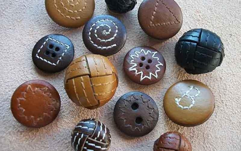 manufacturing stitched buttons