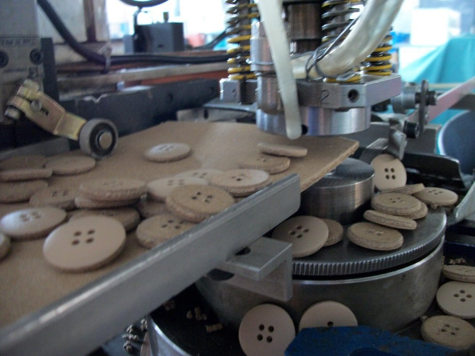 Shaping buttons