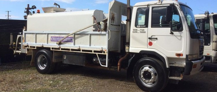 timberlea transport water services nissan tank