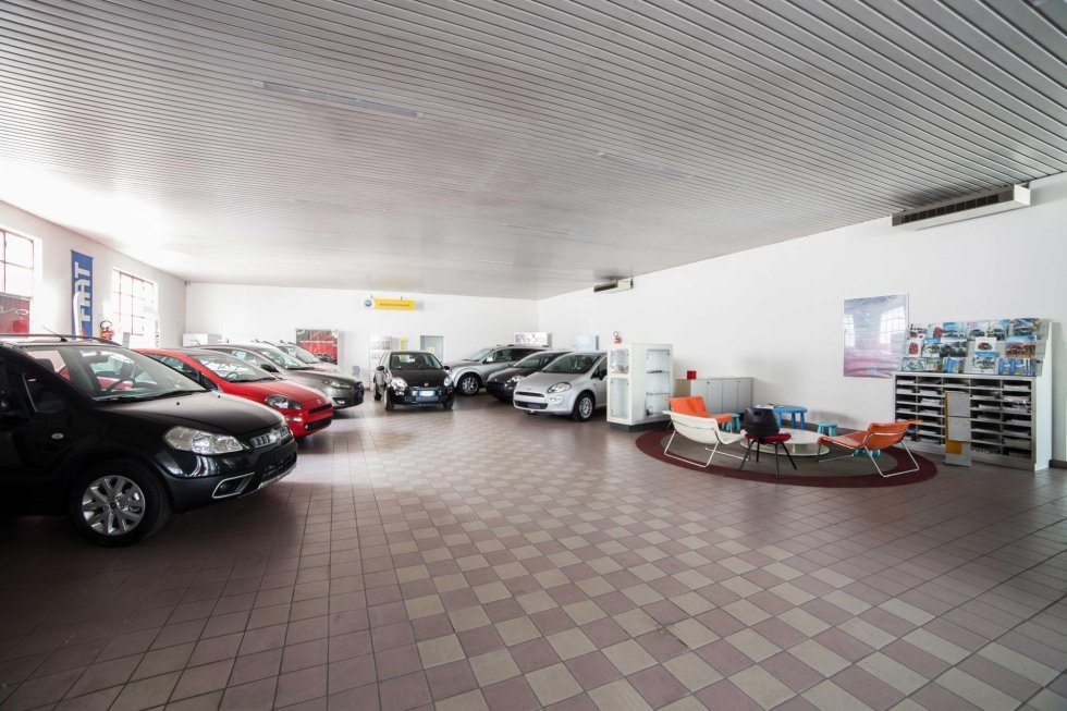 Showroom macchine Fiat