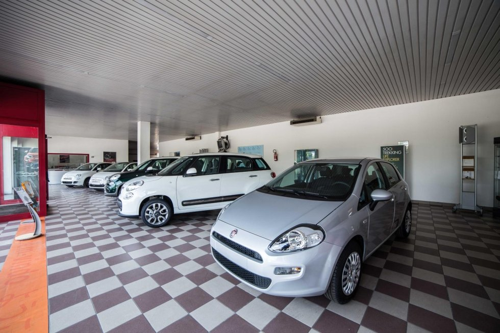 Ingresso esposizione macchine Fiat