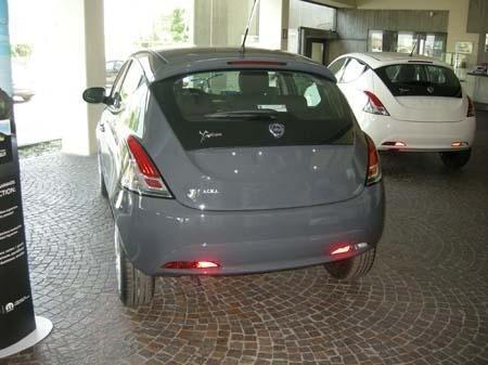 auto NUOVA Y GPL - KM 0