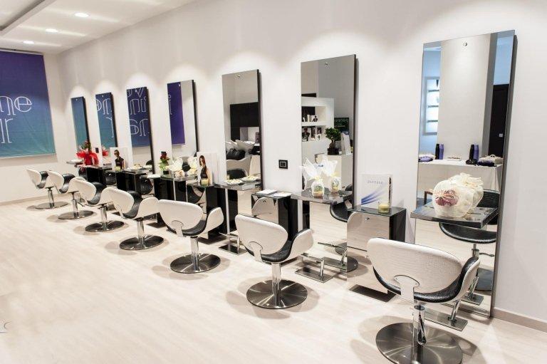 Arredi per parrucchieri e centri estetici milano fremis for Subito it arredamento parrucchieri usato