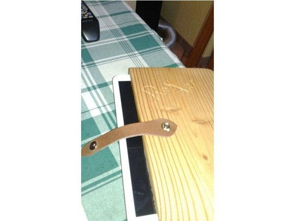 porta tablet in legno