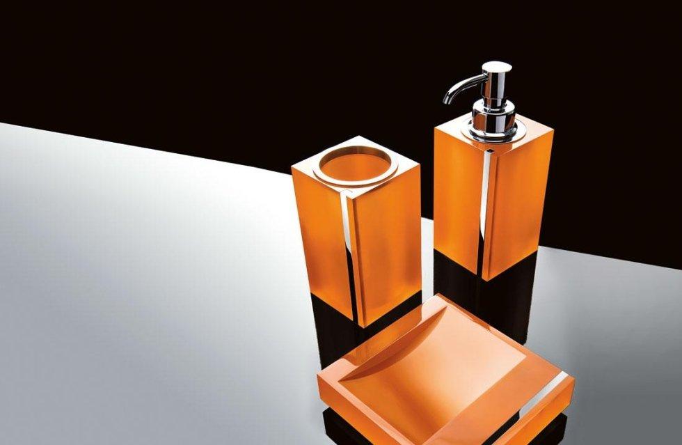 Accessori Da Bagno Colorati.Accessori Per Il Bagno Colorati Realizziamo Bagni Moderni E Bagni