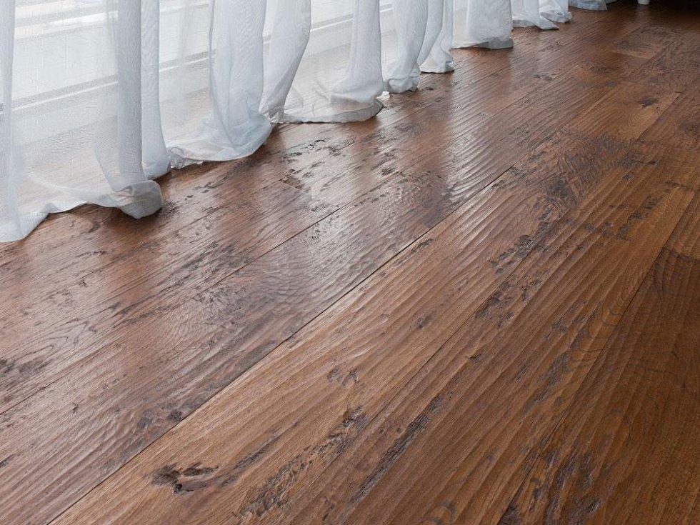Pavimenti in legno imperia fratelli maglio for Parquet quercia
