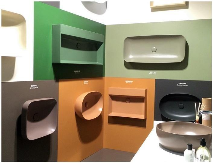 Cersaie-2015-Ceramica-Azzurra-sanitari-colorati