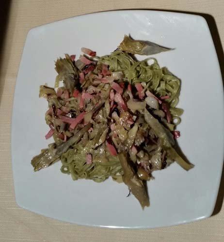 tagliatelle verdi ai carciofi e pancetta