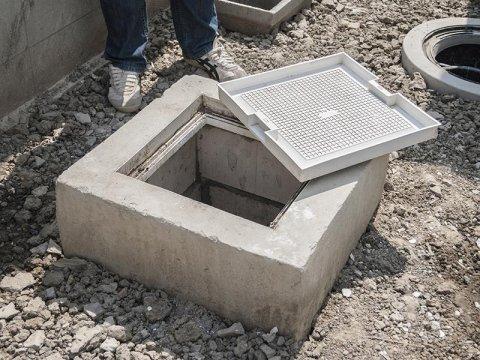 pozzetto in cemento accesso fogna