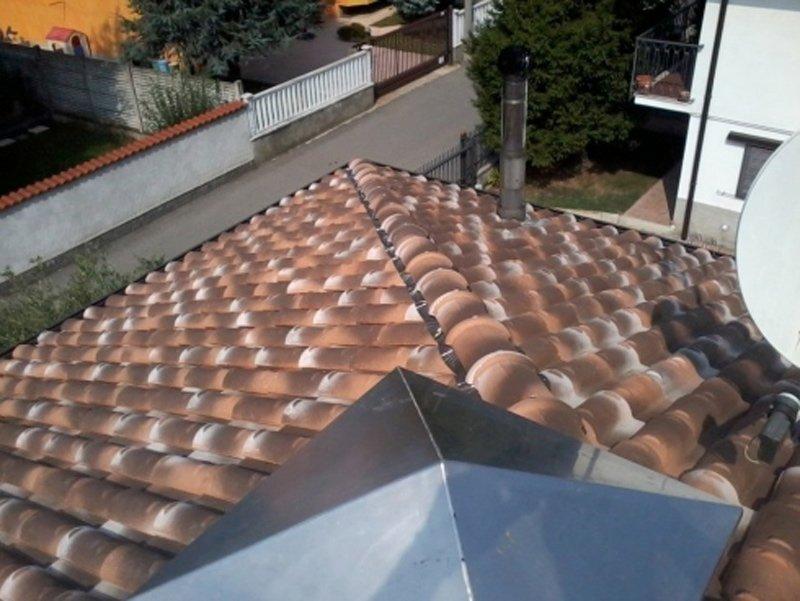 foto di un tetto dall'alto