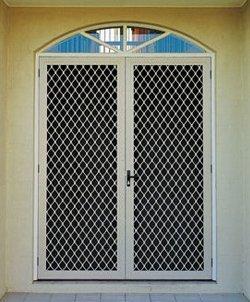 Flyscreen doors and mesh
