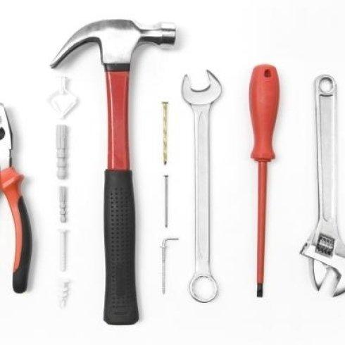 Attrezzi ferramenta