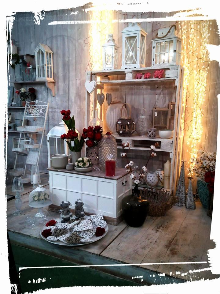allestimenti floreali e oggettistica per la casa-vista laterale