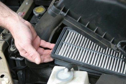 cinghie di trasmissione per motori autoveicoli, marmitte, portasci per autoveicoli