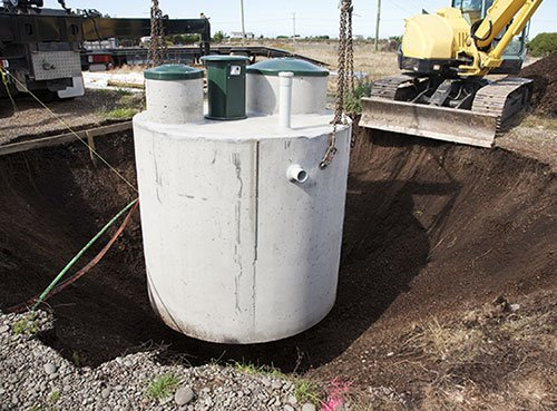 Excavating contractor installing septic systems in Batavia, NY