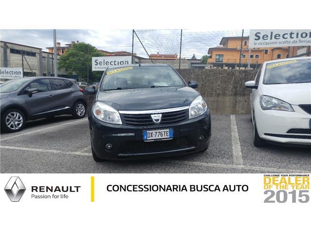 fila di macchine ALFA ROMEO GIULIETTA 1.6 jtd distinctive