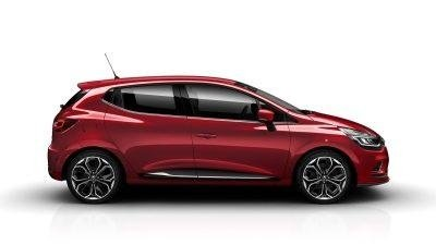 vista laterale di una macchina rossa a marchio NUOVA CLIO