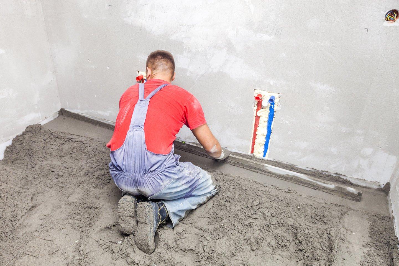 lavorazione con massetti per pavimento a Savignano